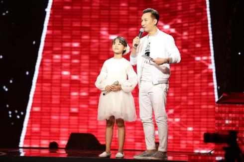 Nhìn lại top 15 thí sinh xuất sắc nhất của Giọng hát Việt nhí 2017 - Ảnh 15.