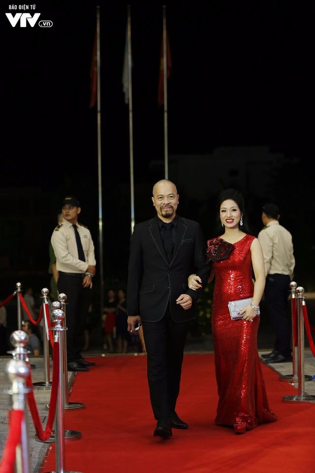 Dàn sao mai tay bắt mặt mừng hội ngộ tại Gala 20 năm - Ảnh 14.
