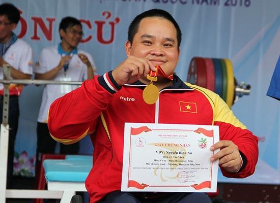 Ai là VĐV xuất sắc nhất của thể thao người khuyết tật Việt Nam? - Ảnh 2.