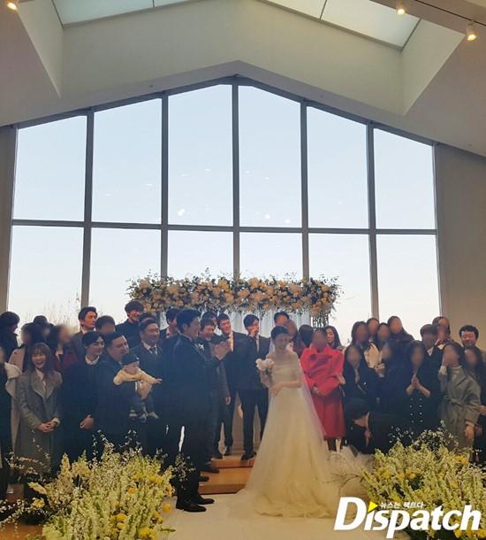 Hé lộ hình ảnh hiếm hoi từ đám cưới của Lưu Diệc Phi Hàn Quốc - Ảnh 1.
