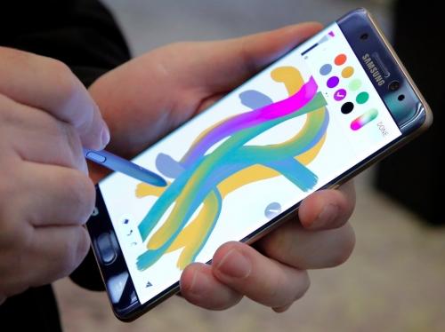 Samsung đã tìm ra nguyên nhân Galaxy Note 7 bốc cháy như thế nào? - Ảnh 1.