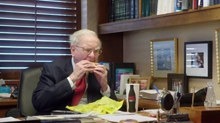 Vì sao bữa sáng của tỷ phú Warren Buffett không quá 3 USD? - Ảnh 2.