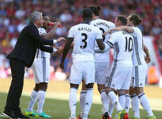 Man Utd - Southampton: Chờ duyên đấu cúp của Mourinho (23h30, 26/2) - Ảnh 1.