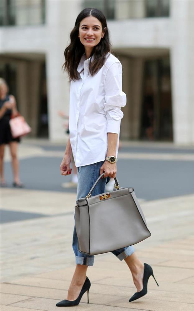 Đừng bao giờ quên, ai cũng nên có trang phục trắng trong tủ áo - Ảnh 2.