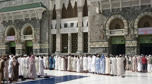 2 triệu người Hồi giáo hành hương tới Thánh địa Mecca - Ảnh 5.
