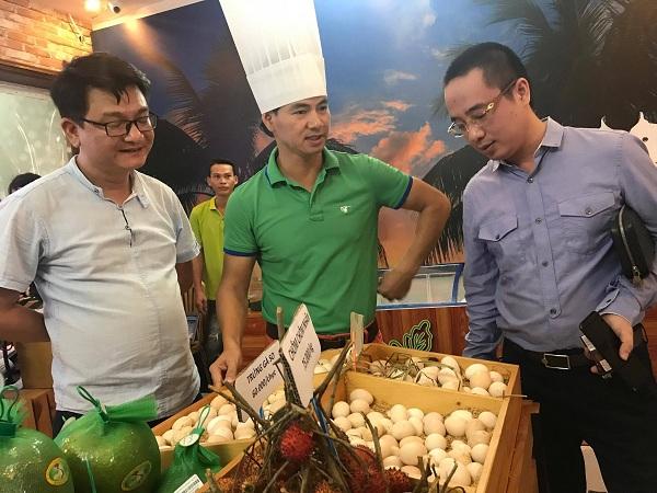 Nghệ sĩ Xuân Bắc hào hứng tham gia lễ khai trương cửa hàng thực phẩm hữu cơ Smile Cook - Ảnh 2.