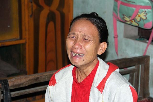 Mẹ gục ngã vì cha bị xe cán chết, bé 3 tuần tuổi sống cảnh đói khát thương tâm - Ảnh 2.
