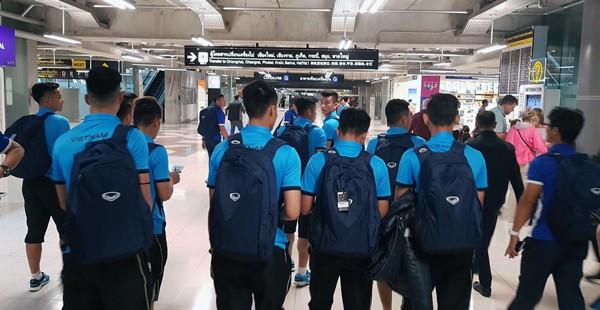 ĐT U23 Việt Nam lên đường tham dự M-150 Cup Thái Lan 2017 - Ảnh 2.