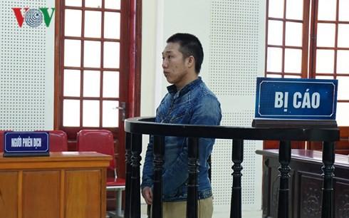 Nam thanh niên 9X lãnh án tử vì mang súng vận chuyển 10 bánh heroin - Ảnh 1.