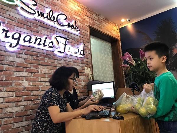 Nghệ sĩ Xuân Bắc hào hứng tham gia lễ khai trương cửa hàng thực phẩm hữu cơ Smile Cook - Ảnh 14.
