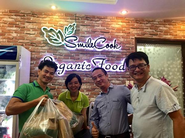 Nghệ sĩ Xuân Bắc hào hứng tham gia lễ khai trương cửa hàng thực phẩm hữu cơ Smile Cook - Ảnh 19.