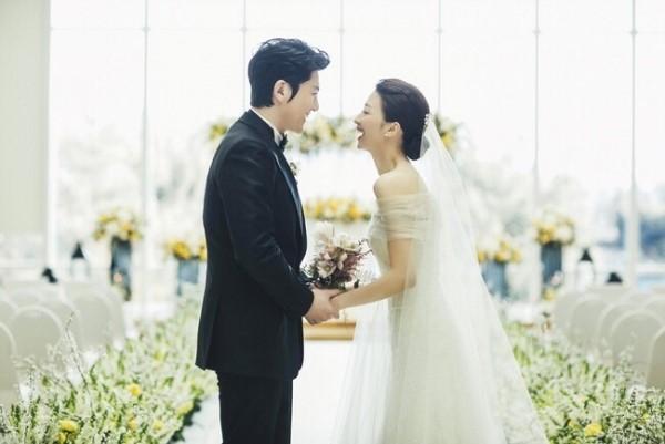 Hé lộ hình ảnh hiếm hoi từ đám cưới của Lưu Diệc Phi Hàn Quốc - Ảnh 3.
