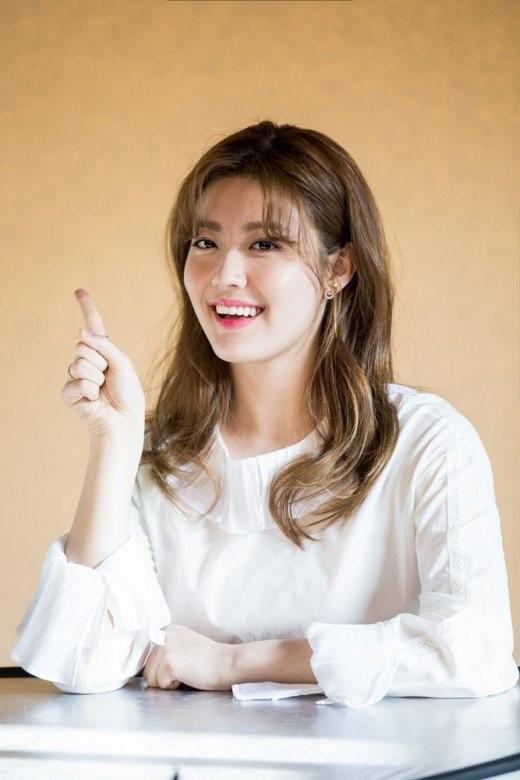 Ji Chang Wook tình tứ bên người tình mới - Ảnh 3.
