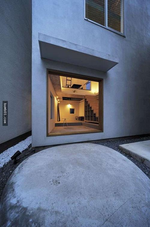 Độc đáo ngôi nhà được thiết kế kỳ lạ, không tường, không cầu thang - Ảnh 3.