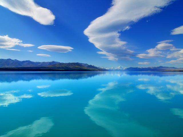 9 bãi biển nước trong nhất thế giới - Ảnh 3.