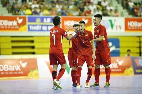 Giải futsal vô địch Đông Nam Á 2017: Thắng đậm ĐT Brunei, ĐT Việt Nam giành quyền vào bán kết - Ảnh 3.