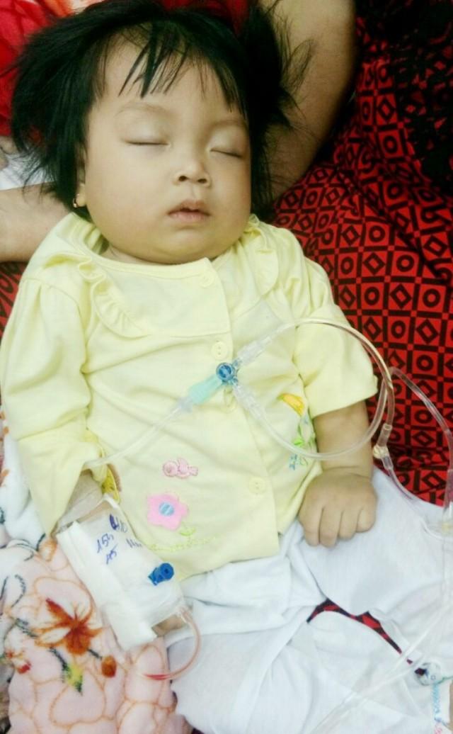 Thương bé 9 tháng tuổi bụ bẫm mắc bệnh ung thư máu - Ảnh 3.