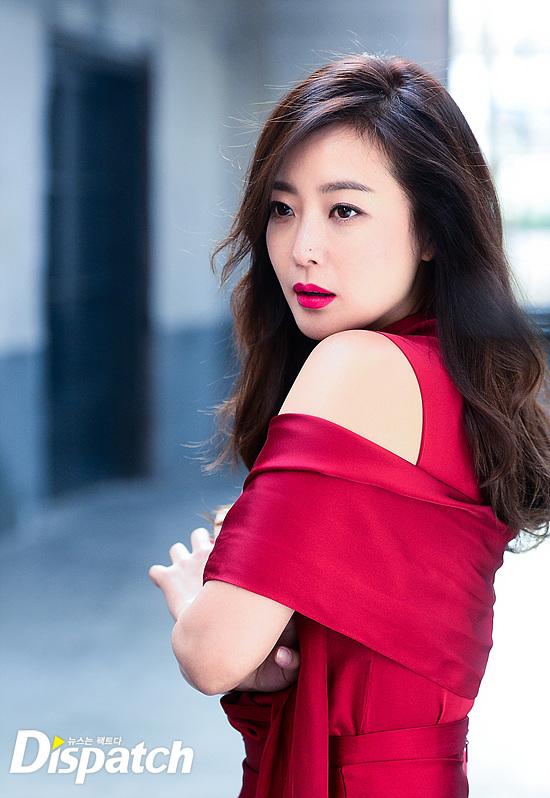 Bước sang tuổi 40, thật khó tin là Kim Hee Sun còn quyến rũ như thế này! - Ảnh 21.