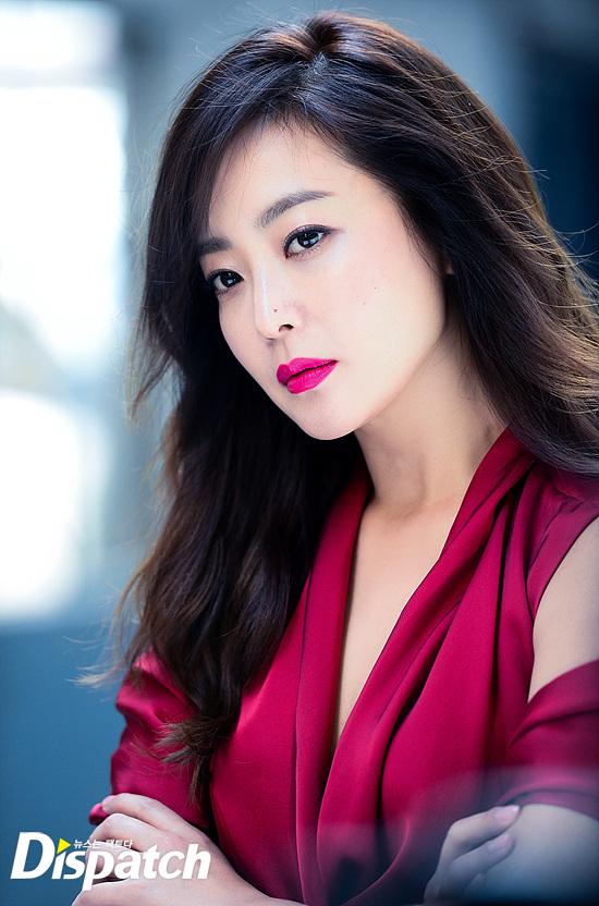 Bước sang tuổi 40, thật khó tin là Kim Hee Sun còn quyến rũ như thế này! - Ảnh 22.