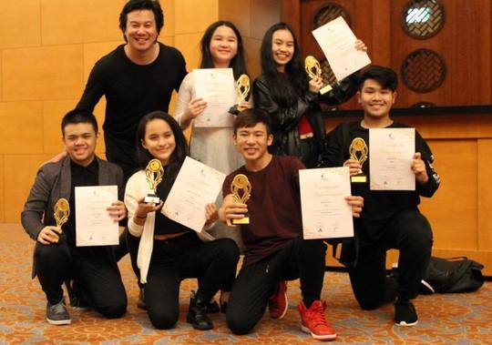 Đề cử Giải Mai Vàng 2017: Sôi động nhóm hát - Ảnh 3.