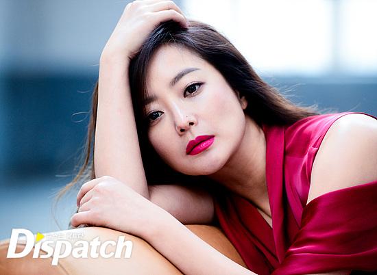 Bước sang tuổi 40, thật khó tin là Kim Hee Sun còn quyến rũ như thế này! - Ảnh 25.