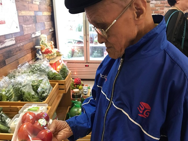 Nghệ sĩ Xuân Bắc hào hứng tham gia lễ khai trương cửa hàng thực phẩm hữu cơ Smile Cook - Ảnh 7.