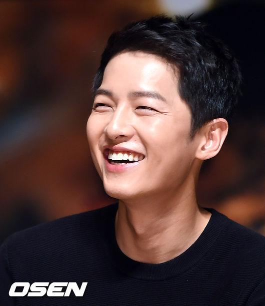 Rụng tim với màn đọ sắc khó phân định thắng thua giữa Song Joong Ki và So Ji Sub - Ảnh 6.