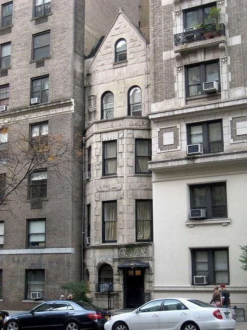 Tò mò những ngôi nhà được trả giá hàng triệu USD, chủ nhà không chịu bán - Ảnh 6.