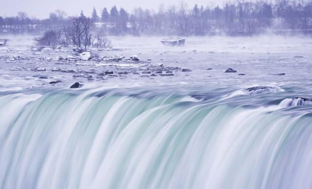 Ngọn thác hùng vĩ nhất thế giới đông cứng trong cái lạnh -67 độ C - Ảnh 6.