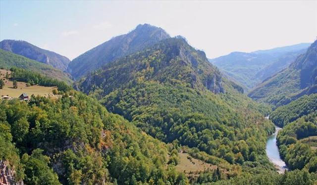 10 công viên quốc gia ở châu Âu khiến bạn phải sững sờ vì quá đẹp - Ảnh 8.