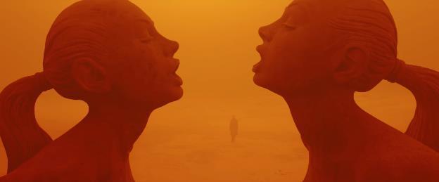 Blade Runner 2049: Sức hấp dẫn chết người từ bộ đôi Harrison Ford và Ryan Gosling - Ảnh 7.