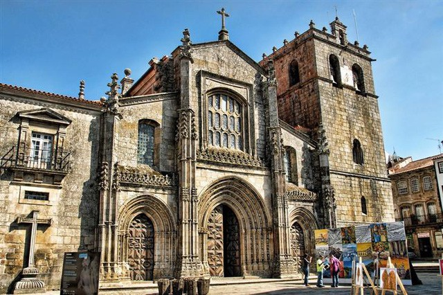 10 bí ẩn tuyệt đẹp của Bồ Đào Nha - Ảnh 10.