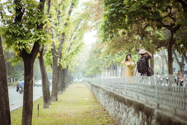Ngỡ ngàng vẻ đẹp của Hà Nội trong tiết giao mùa tháng 4 - Ảnh 12.