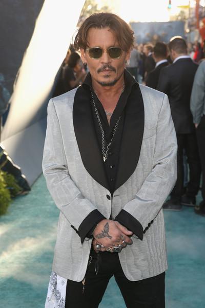 Johnny Depp trở lại mạnh mẽ với Pirates Of The Caribbean: Dead Men Tell No Tales - Ảnh 5.