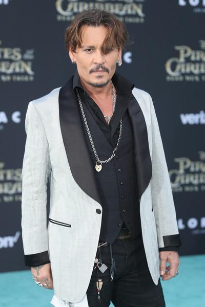Johnny Depp trở lại mạnh mẽ với Pirates Of The Caribbean: Dead Men Tell No Tales - Ảnh 7.