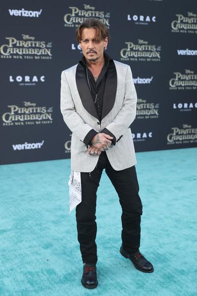 Johnny Depp trở lại mạnh mẽ với Pirates Of The Caribbean: Dead Men Tell No Tales - Ảnh 11.