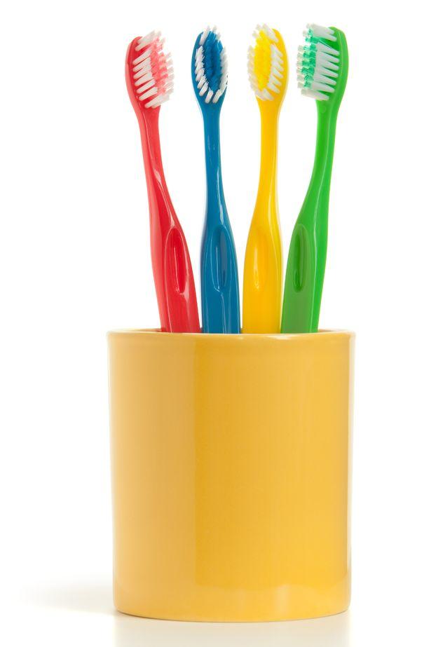 Nếu không vệ sinh những vật dụng này thường xuyên, bạn sẽ gặp vấn đề về sức khỏe - Ảnh 7.