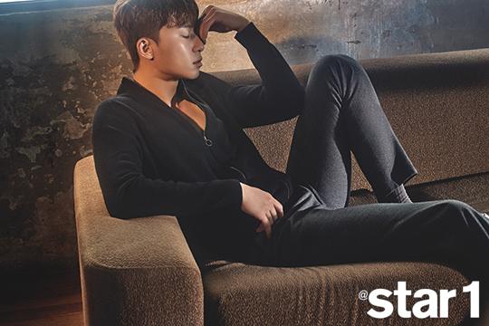 Mỹ nam Park Seo Joon lạnh lùng trên tạp chí - Ảnh 8.