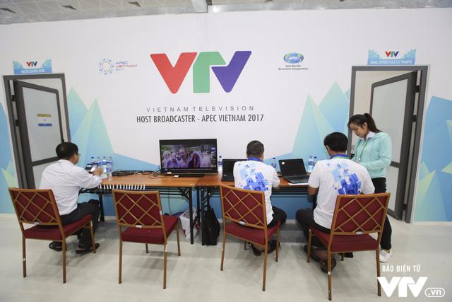 VTV hoàn thành tốt vai trò truyền hình chủ nhà tại APEC Việt Nam 2017 - Ảnh 1.