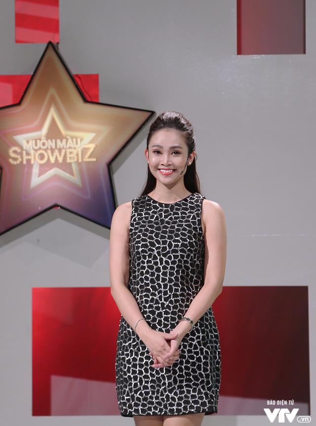 MC Thùy Linh tự nhận là cô nàng bánh bèo của Muôn màu Showbiz - Ảnh 4.