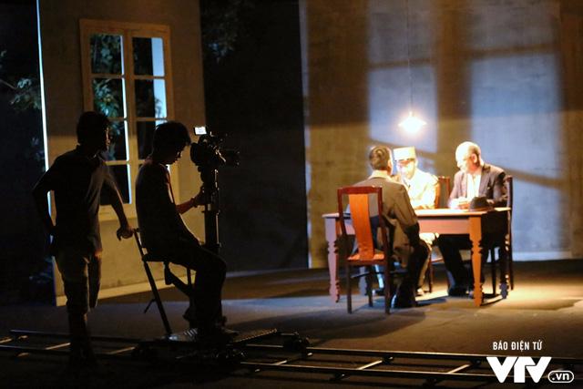 Sống động hình ảnh Nguyễn Ái Quốc ở Pháp trên trường quay VTV - Ảnh 4.