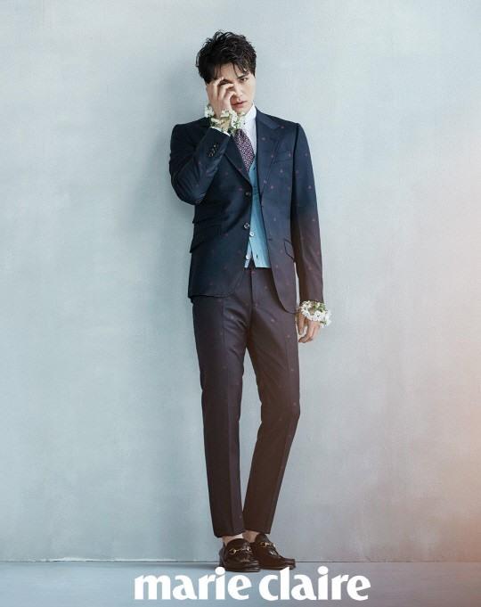 Lee Dong Wook lãng mạn trên bìa tạp chí Marie Claire - Ảnh 2.