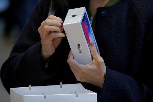 Mỗi chiếc iPhone bán ra lời gấp 6 lần một chiếc smartphone Samsung - Ảnh 2.