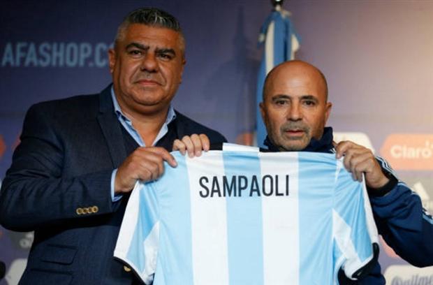 HLV Jorge Sampaoli chính thức dẫn dắt ĐT Argentina - Ảnh 1.