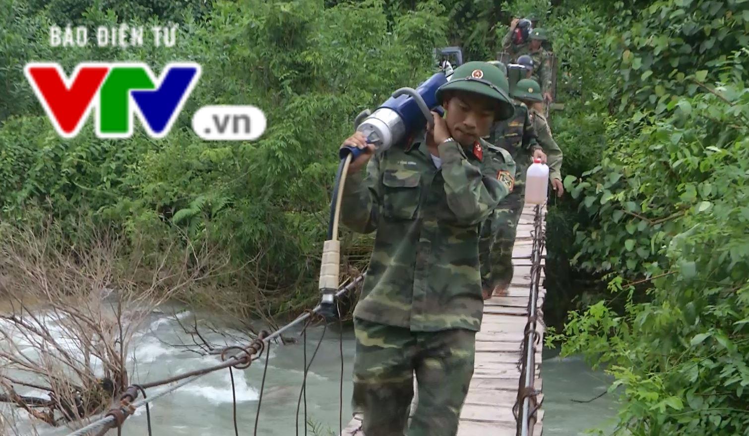 Quảng Nam: Tìm thấy thi thể 2 công nhân bị sạt lở núi vùi lấp - Ảnh 2.