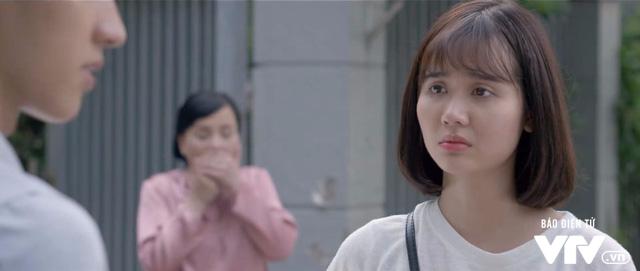 Ngược chiều nước mắt - Tập 30: Bà Lâm (NSND Lan Hương) ngã quỵ vì bí mật của Trang (Huyền Lizzie) - Ảnh 1.