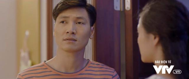 Ngược chiều nước mắt - Tập 8: Hình như Mai (Phương Oanh) phát hiện ra Châu (Trang Cherry) đong đưa chồng mình mất rồi! - Ảnh 5.