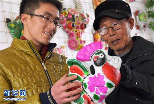Làng nặn tượng đất sét truyền thống tại Trung Quốc - Ảnh 1.