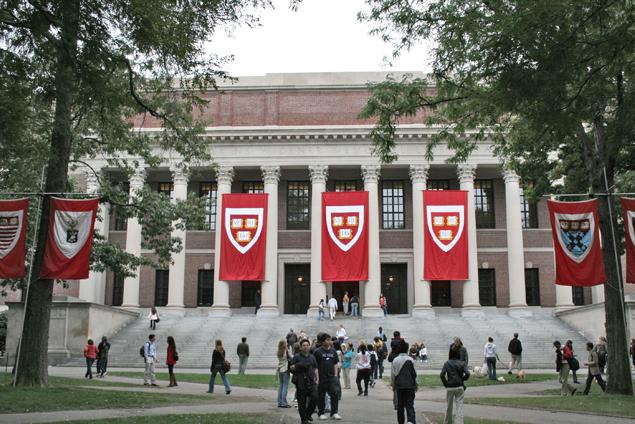 Cô gái 17 tuổi nhận thư mời nhập học của cả 8 trường ĐH hàng đầu của Mỹ - Ảnh 1.