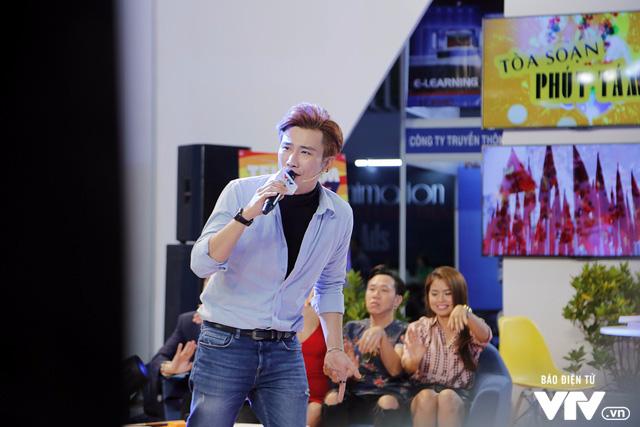 Ái Phương, Chí Thiện cười hết cỡ, chơi hết mình với khán giả tại Telefilm 2017 - Ảnh 10.